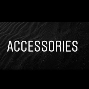 Great accessories! ALL REASONABLE OFFERS ACCEPTED!